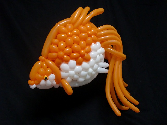 sculpture de ballon poisson